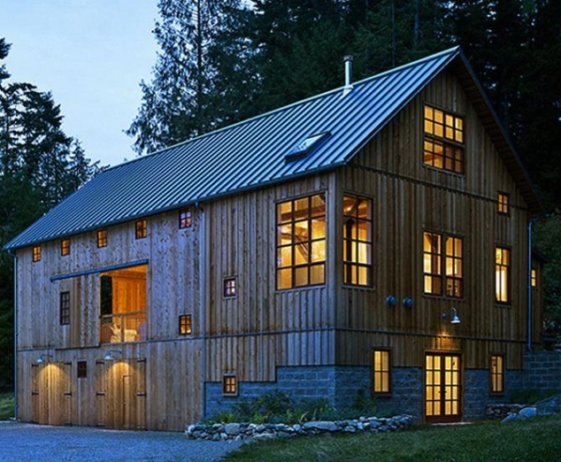 Barn house by greene partners architecture and design in for Building a barn to live in