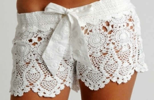 Crochet shorts with bow in My Summer Fashion