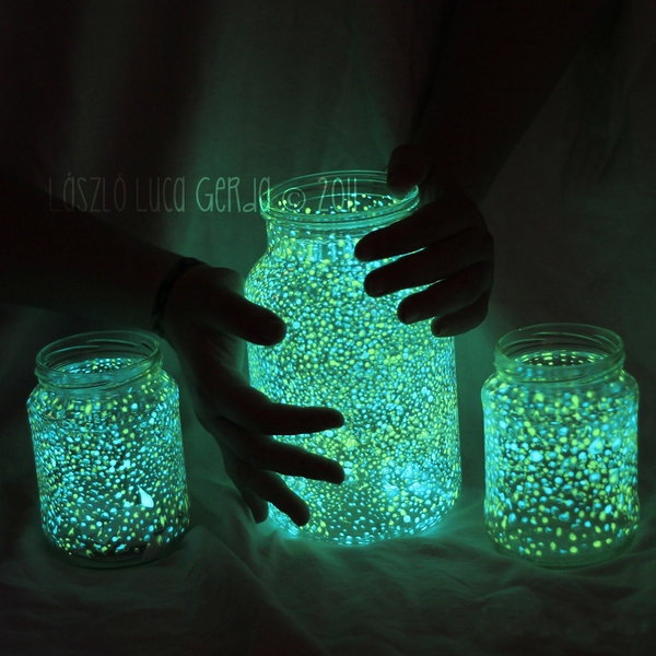 Glowing jar for Cool fun easy crafts