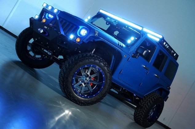 Modified Candy Blue Jeep Wrangler by Starwood Customs - Image 2