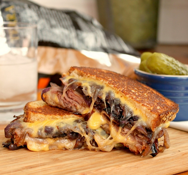 ... , roast beef grilled cheese, american cheddar cheese, roast beef