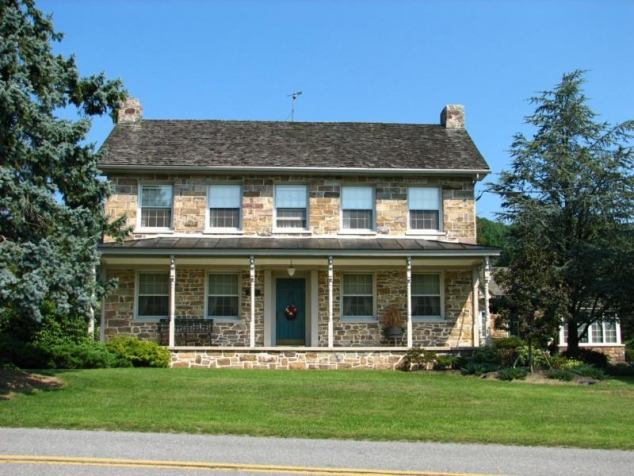 Stone Farmhouse Circa 1850 FaveThing