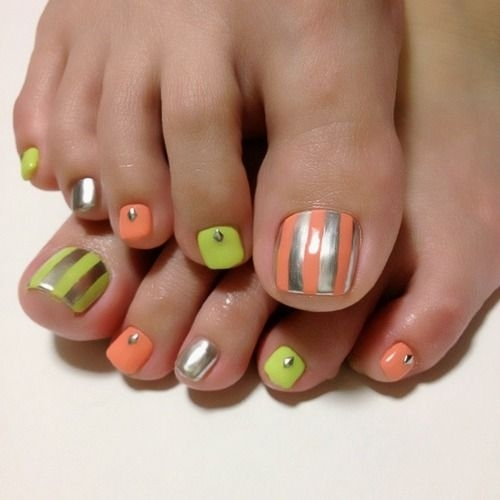 Striped neon nail design - FaveThing.com