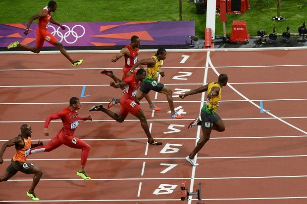 Usain Bolt wins 100 metres Olympic gold - FaveThing.com