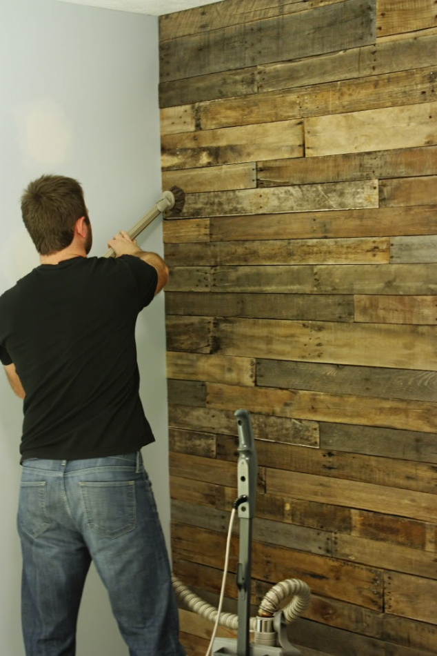Wood accent wall FaveThingcom