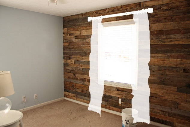 Wood Accent Wall In Architecture Design