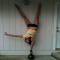 An impressive one-handed kettlebell handstand - Fitness